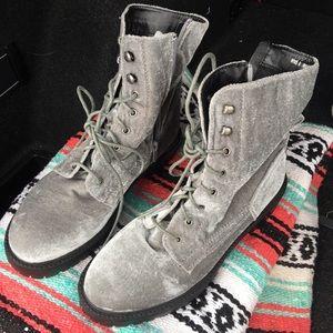 NWT grey velvet combat boots 🔥